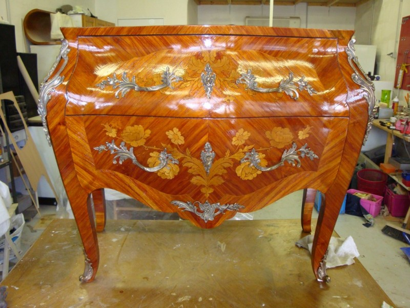 restauration de meubles bois anciens ou r cents restauration meubles et cuir marseille. Black Bedroom Furniture Sets. Home Design Ideas